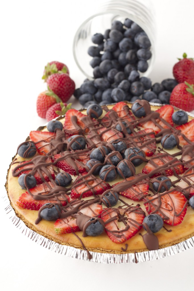 Healthy Strawberry Cheesecake with Dark Chocolate Drizzle