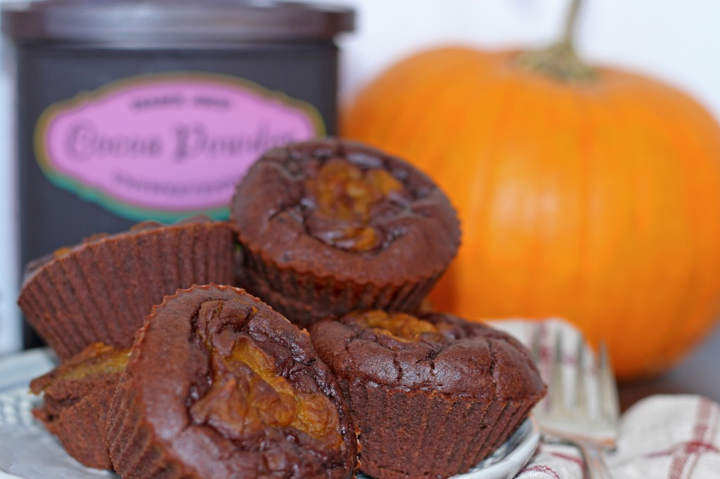 Pumpkin Fudge Swirl Brownies- Recipe by @proshapefitness